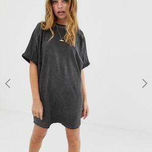BRAND NEW ASOS Petite Black T-shirt Dress